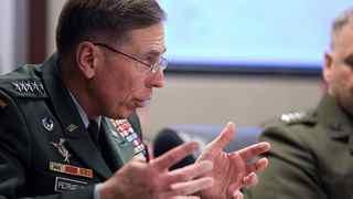 Christian Bayer Tygesen om Petraeus: Ny mand, samme strategi – og samme problemer