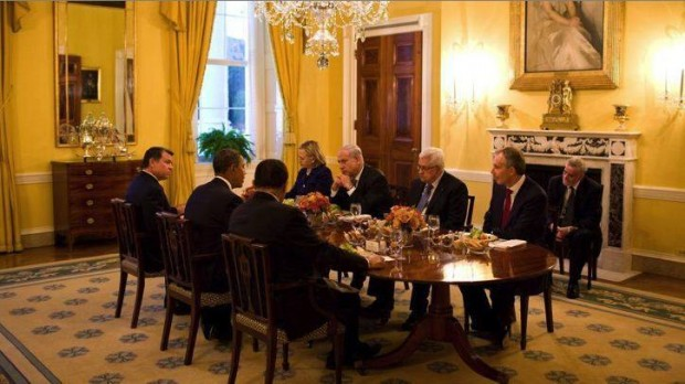 PROFESSOR MHKAIMAR ABUSADA TIL RÆSON: Obama får svært ved at styre Israel