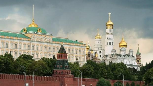 Ukraine lader Ruslands flåde blive til 2042: Spændingerne vokser på Krim-halvøen