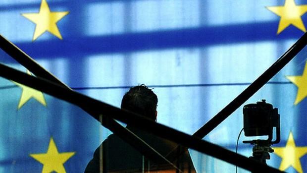Gældskrisen i EU:  Kunsten at sluge det uspiselige
