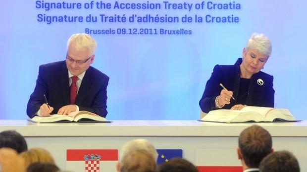 EU: Kroatiens optagelse isolerer Serbien