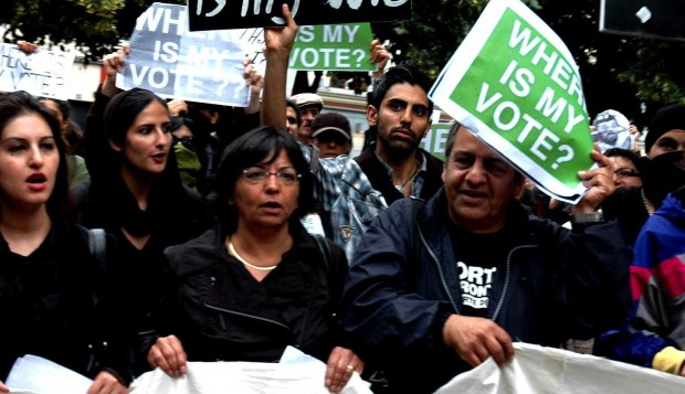 Iran: Konservative straffer Ahmadinejad for ødsel og krigsretorik