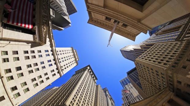 Mangler verden at tage et moralsk opgør med finanssektoren?  RÆSON vs. ungdomspartiernes formænd
