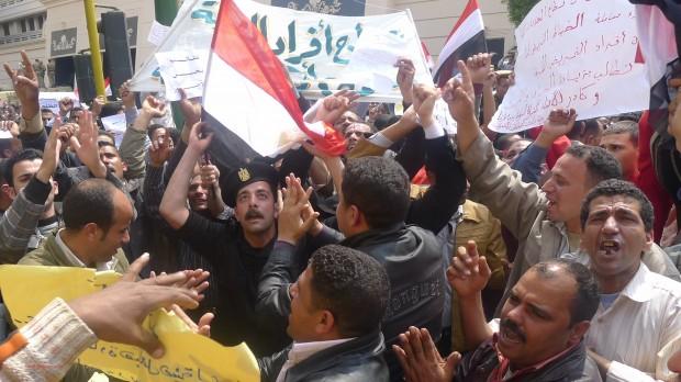 RÆSON i Kairo: Historisk tv-debat sætter scenen for valget