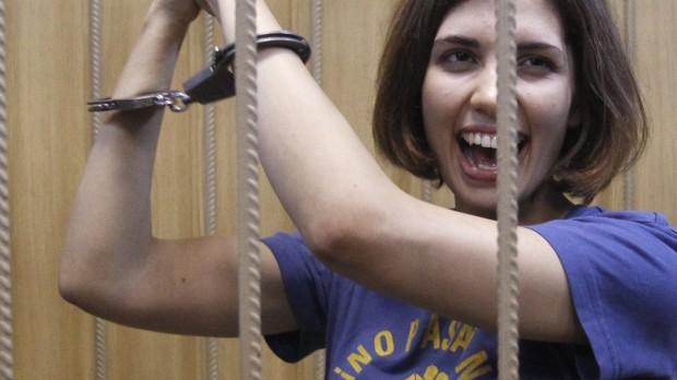 Det har diktatorerne lært af Pussy Riot: Happenings er farligere end pres udefra