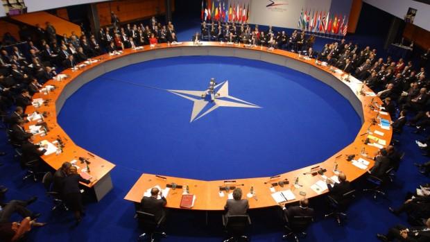 NATO og EU må se virkeligheden i øjnene: Udvidelsen mod øst er slut