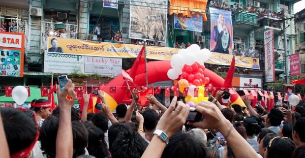 Sebastian Strangio om Myanmar: Reformerne vil gå i stå