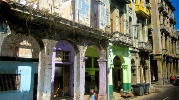 Cuba: På vej væk fra international isolation?
