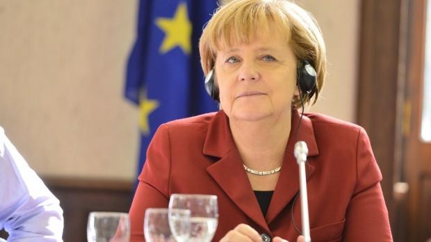 Socialt Europa: Merkel i klemme i London