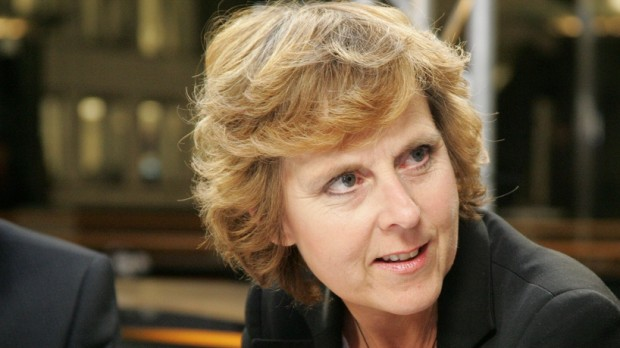 Connie Hedegaard: Det skal koste at slide på naturen