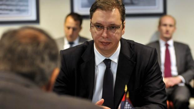 Serbien: Tidligere ultra-nationalist vinder overraskende absolut flertal