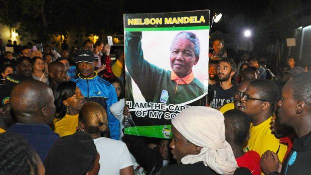 Valg i Sydafrika: Nye oplysninger om Mandelas kommunistiske fortid