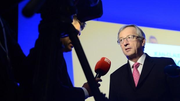 "EU:""Vi står bag Dem, hr. Juncker!"""