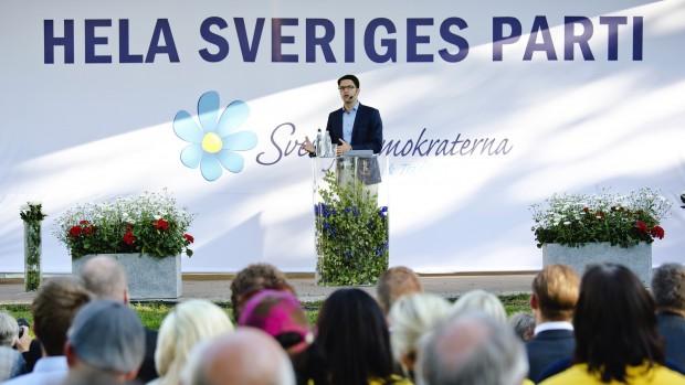 Flygtningepolitik: Hvorfor er danskerne så stramme og svenskerne så slappe?
