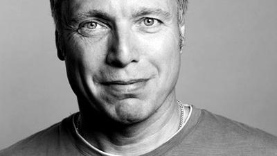 """""""En uge før valget tænkte jeg, """"Nu kan jeg ikke lave så store fejl, at vi ikke kommer ind"""" 13 citater fra Uffe Elbæk til RÆSON LIVE"""