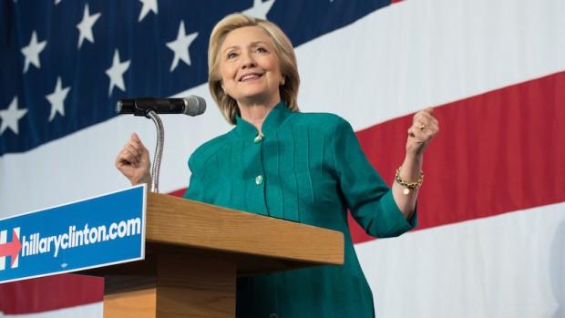 Hillary ligner ikke længere en sikker vinder. TværtimodKommentar af Naser Khader