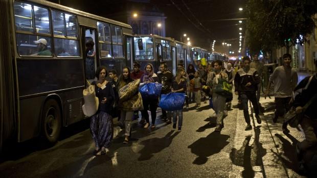 Rasmus Jarlov: I udlændingedebatten lyver både højre- og venstrefløjen for sig selv