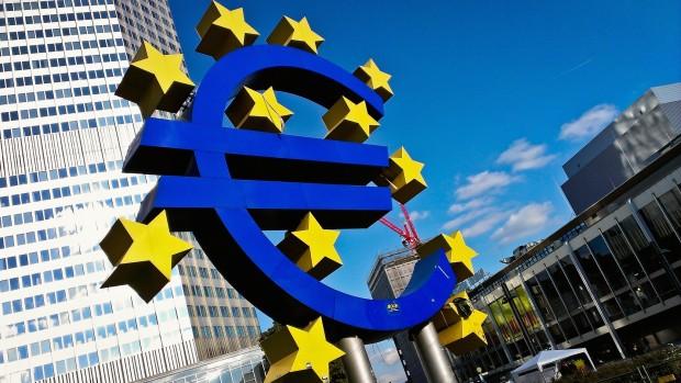 Ny økonomisk krise ulmer i EU: Euroen opløser EU