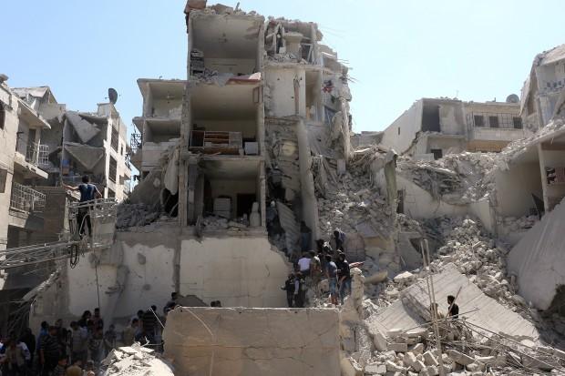 Naser Khader om Aleppo:Indignation redder ikke menneskeliv. Der skal et flyveforbud til
