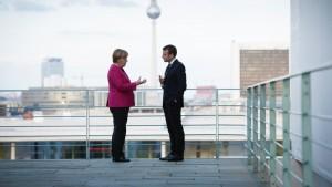 Ole Aabenhus: Macron drager til kamp med et projekt, der på sin vis er lige så nationalistisk som Marine Le Pens