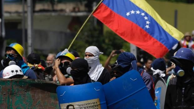 Niels Westy: Krisen i Venezuela bør slukke de revolutionsromantiske forestillinger på den danske venstrefløj