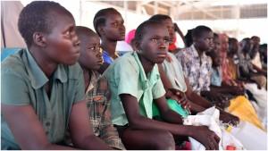 """""""I en tid hvor de rigere lande indfører mere og mere restriktive migrationstiltag, hvorfor kan de fattigere lande så ikke gøre det samme?""""Interview med Jeff Crisp"""