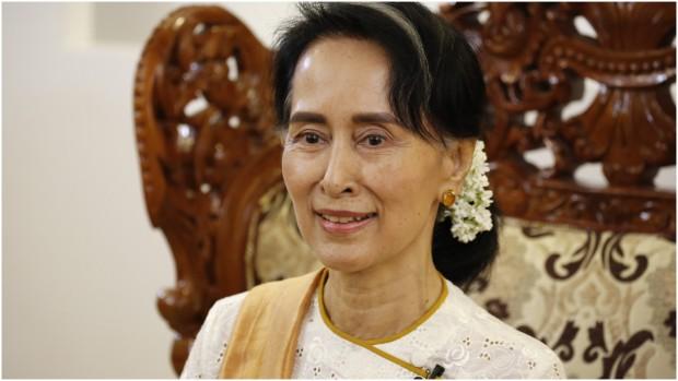 """Stort interview med Ronan Lee om rohingyaerne: """"Militæret i Myanmar har ledt efter en undskyldning for at skubbe rohingyaerne ud af deres hjem og lokalsamfund"""""""