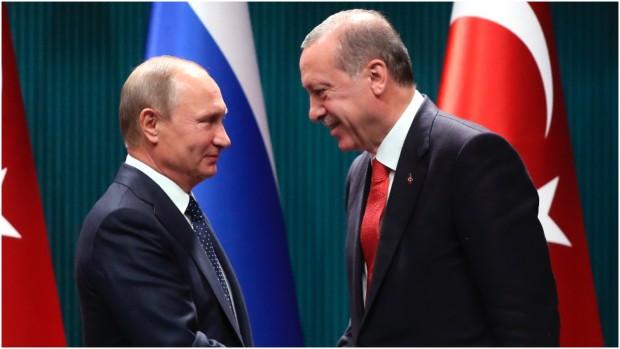Jakob Lindgaard: Rusland har dygtigt spillet NATO-landene Tyrkiet og USA ud mod hinanden i Syrien