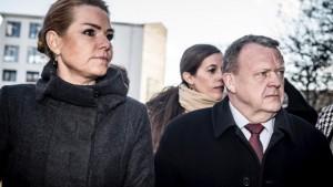 <font color=00008>Randahl Fink Isaksen:</font color=00008> Politikerne lader frygten styre Danmark. Find heltemodet frem