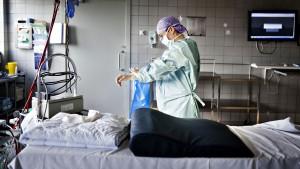 Al-Kalemji til Lindahl: Tolkegebyret giver læger, sygeplejersker m.fl. nye opgaver. Hvor er ressourcerne til det?