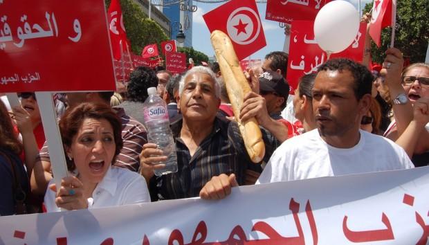 Krisen i Tunesien: Foregangslandet for det arabiske forår vakler
