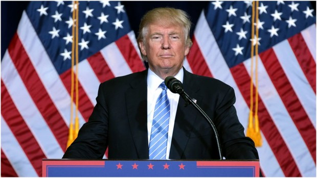 """RÆSON Podcast – Trumps USA: """"Trump føler åbenbart ikke noget større behov for at præsentere en samlet politisk vision"""""""