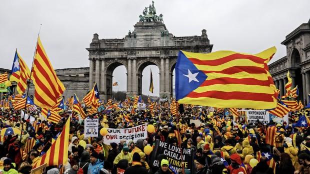 """Mark Friis Hau om Catalonien: """"Pandoras æske er åbnet nu; der kommer slet ikke til at være roligt efter valget 21. december"""""""