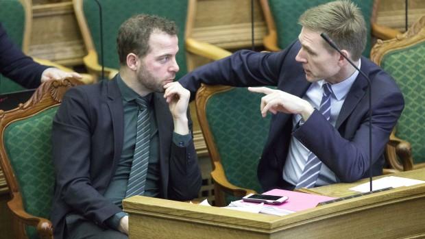 Niels Jespersen: Thulesen er den snedige og Østergaard er den skamløse. Men ikke færre end 5 partiledere gambler i disse dage med den danske model