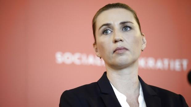 Simon Pihl Sørensen (S): Et apatisk, famlende socialdemokrati har stået rundforvirret på sidelinjen. I enkelte tilfælde har S selv taget flugten fra sin egen model med topskattelettelser og ringere dagpengedækning