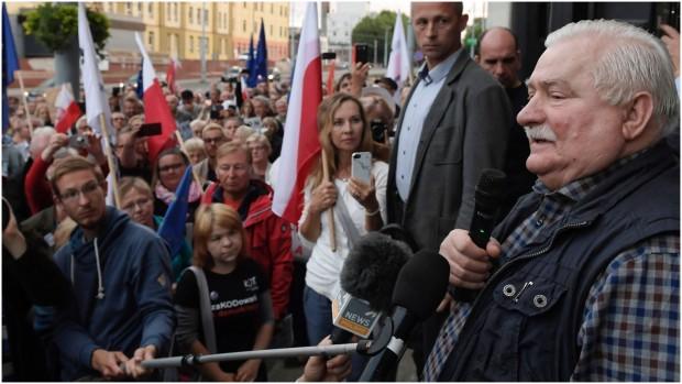Stine Bosse: Derfor kan EU ikke leve med udviklingen i Polen