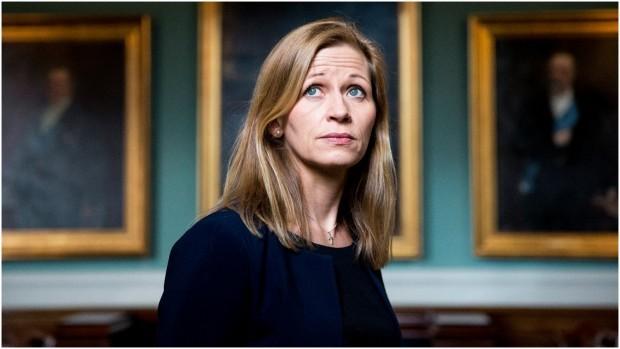 "Marie Krarup i replik til Per Stig Møller: Det er et udtryk fra fortiden, når man taler om USA som ""den frie verdens leder"""