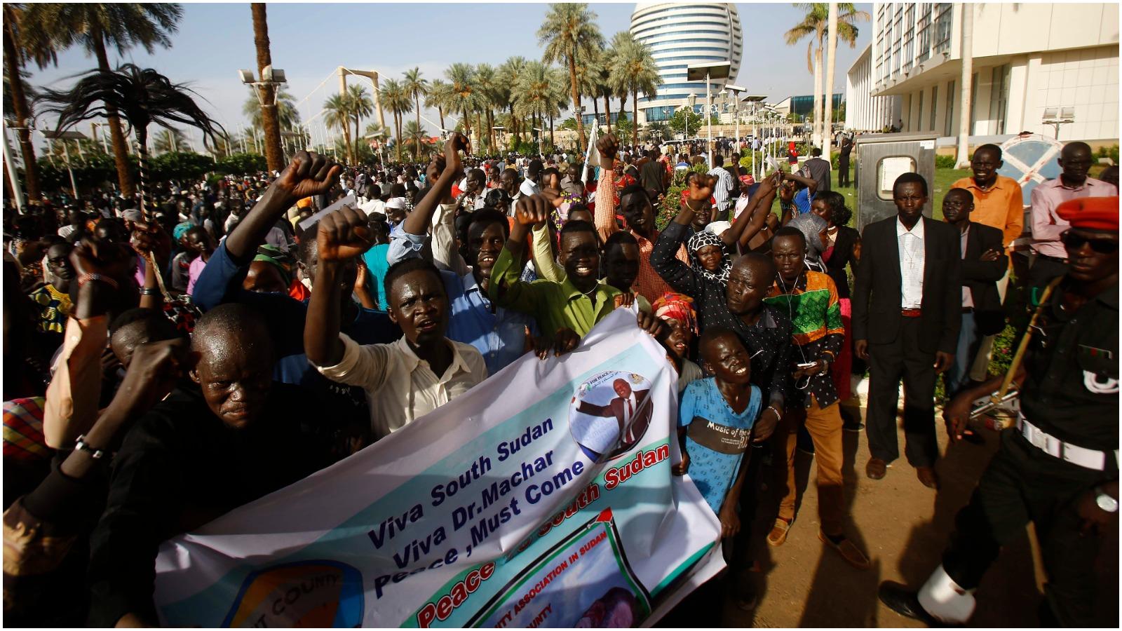 Anne Kirstine Rønn: Sydsudans borgerkrig er en af Afrikas værste humanitære katastrofer. Nu har de en fredsaftale. Men vil den holde?