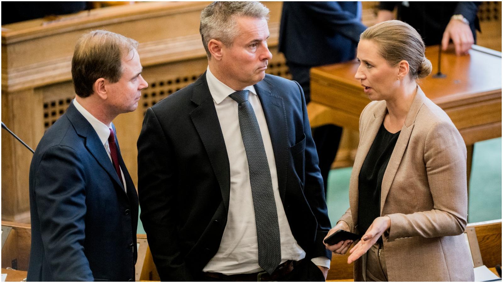 <font color=00008>Erik Boel:</font color=00008> Sass har skabt farlig usikkerhed om S-kursen i centrale dele af udenrigs- og Europapolitikken