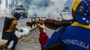 <font color=00008>Seniorforsker Annette Idler:</font color=00008> Krisen i Venezuela destabiliserer nabolandene og har konsekvenser for hele kloden