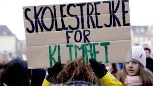<font color=00008>Niels Jespersen:</font color=00008> De unge har forstået, hvad eliten må lære: Klimaforandringerne er den nye generations helt store udfordring